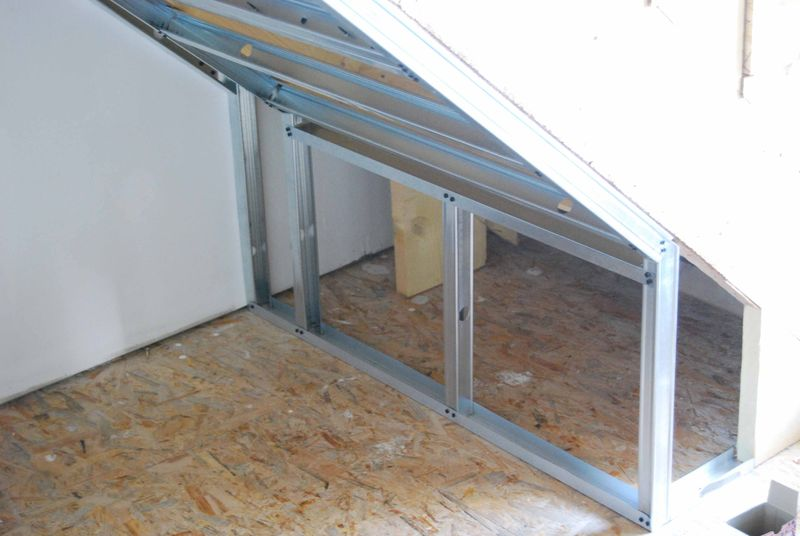 coffrage de l 39 escalier fait par nous mission renovation. Black Bedroom Furniture Sets. Home Design Ideas