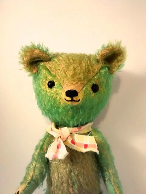Mon nouveau ours, Eric