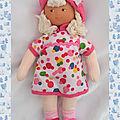 Doudou Poupée Tresses Robe Blanc Ronds Multicolore <b>Chapeau</b> Et Pieds Rose 2008 Corolle