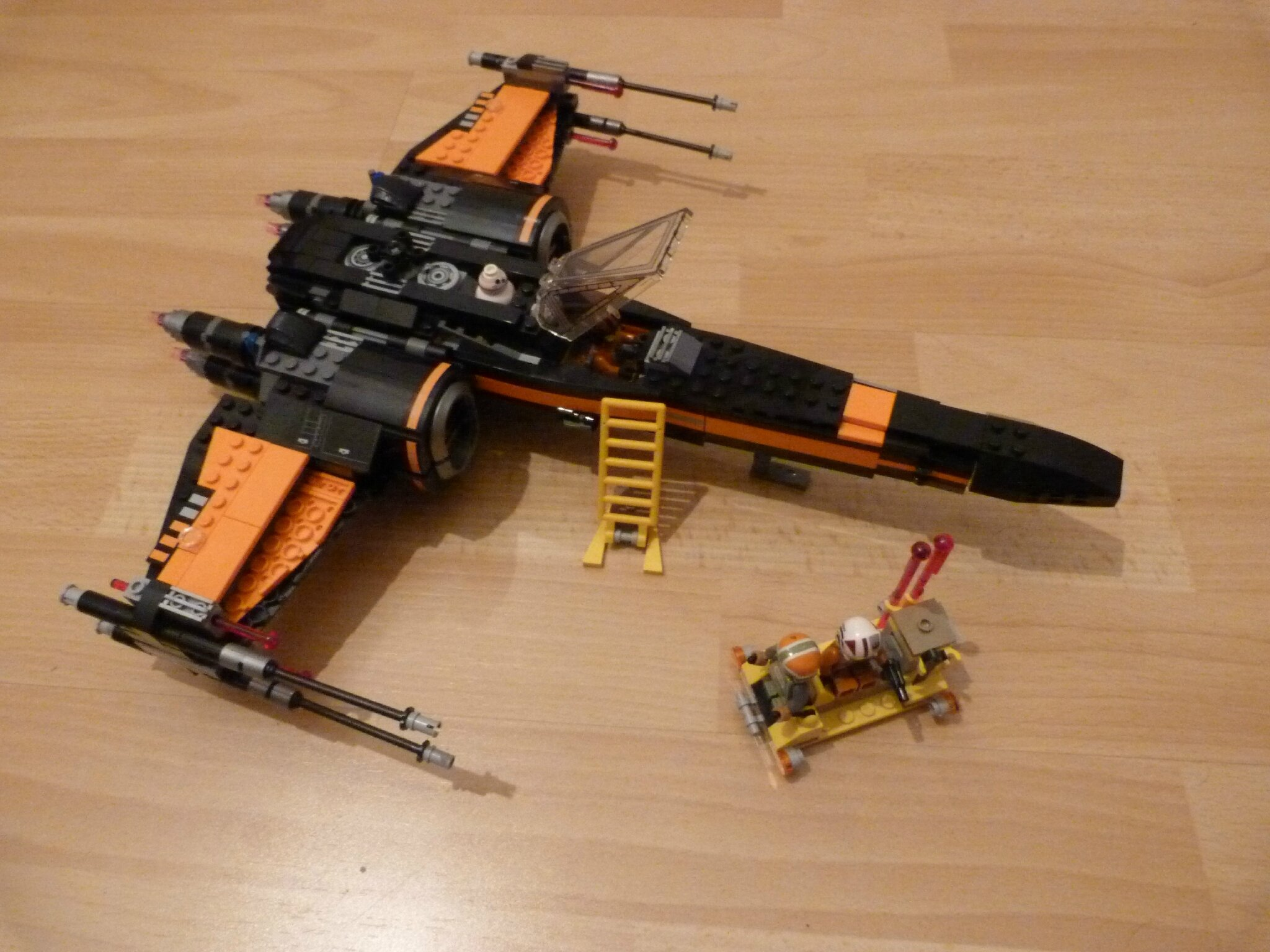 75102 - Poe's X-Wing Fighter