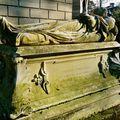 Sépulture du cimetière du Père Lachaise.