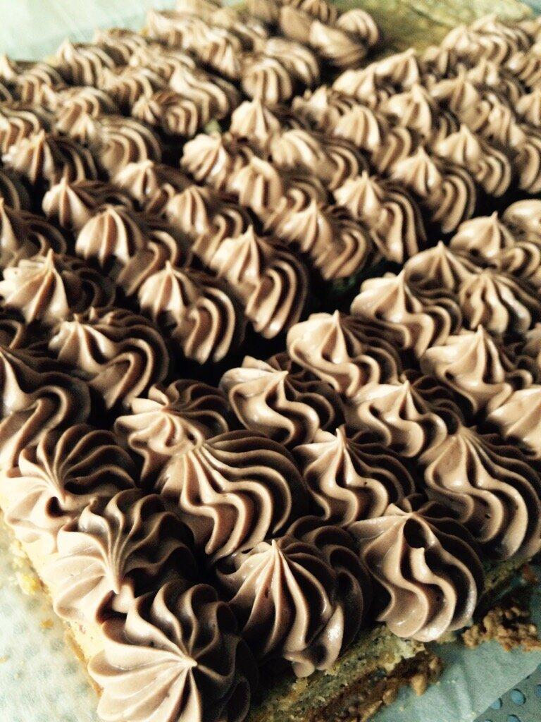 Gâteau noisette et ganache chocolat