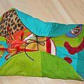 fold and go dinosaurs play mat diy, tapis de jeux de voyage foldingo dinosaures (2)
