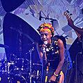 Tita Nzebi : chanteuse, écrivaine et femme de scène en nouvelle tournée