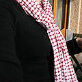 Foulard rouge et blanc