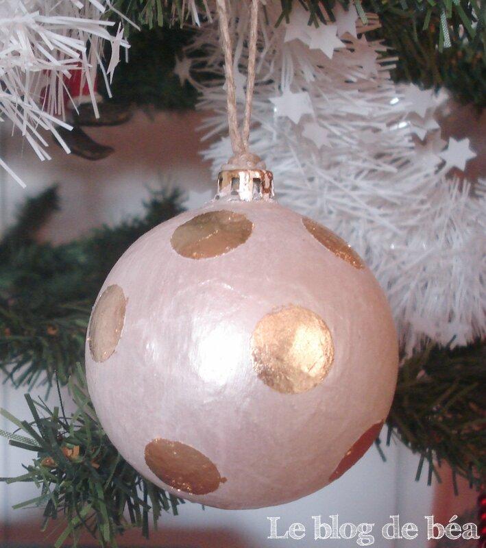 Relookez vos boules de Noël