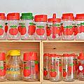 Collection de pots henkel à la célèbre pomme rouge !