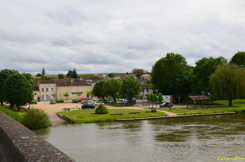 bourg charente (59)
