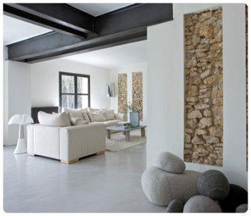rustique et moderne sur les murs photo de carnets de. Black Bedroom Furniture Sets. Home Design Ideas