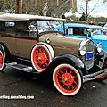 Ford model A phaeton de 1928 (Retrorencard janvier 2014) 01