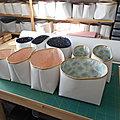Paniers de rangement , simili blanc , tissu divers, bord argenté ou doré