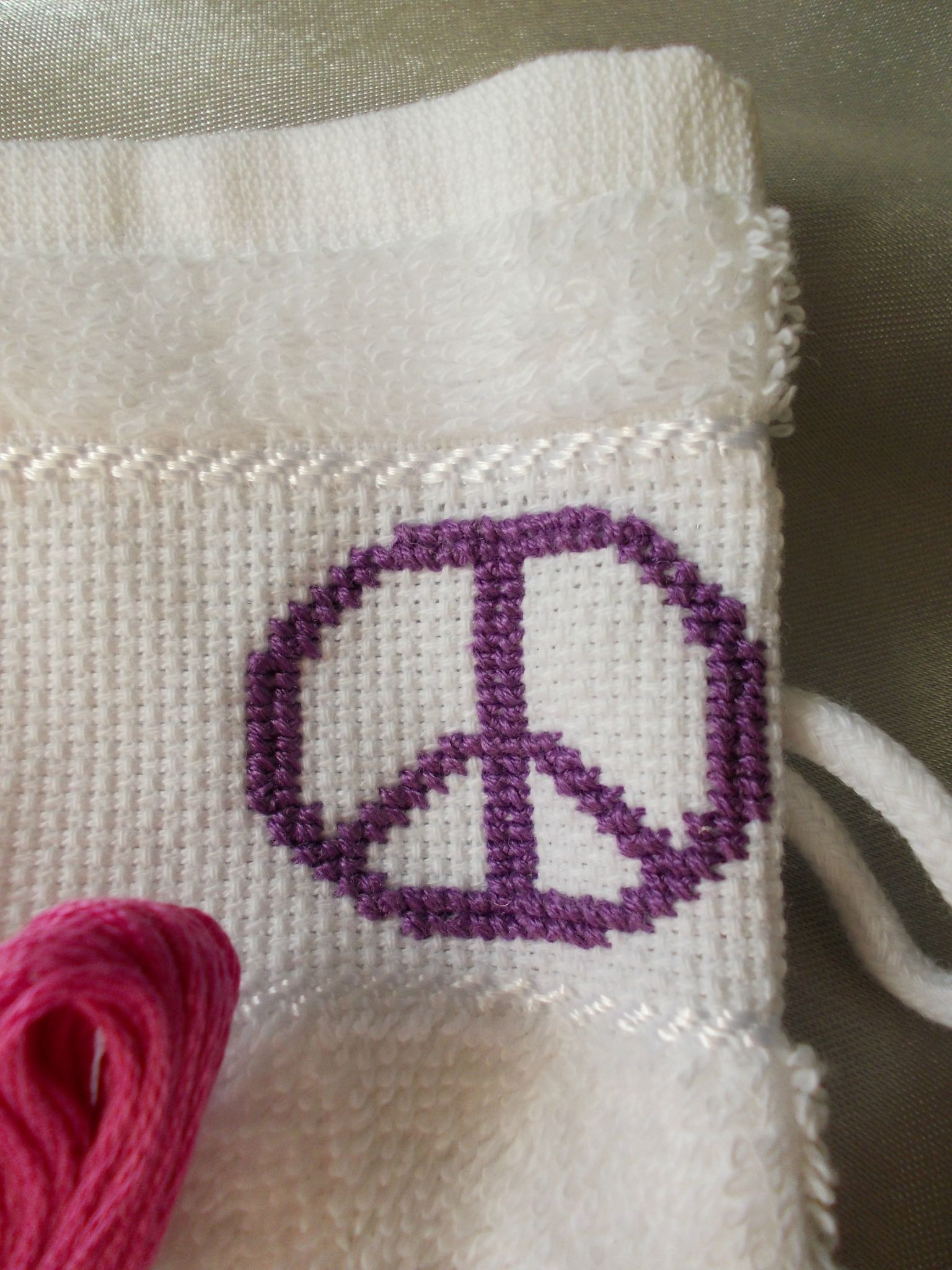PEACE AND LOVE - VIOLET