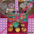 <b>Cupcakes</b> moelleux à la vanille avec lait fermenté cuit au cake factory et aussi l'adaptation au companion et son topping