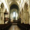 l'édifice abrite toujours un monastère très dynamique, les ordin