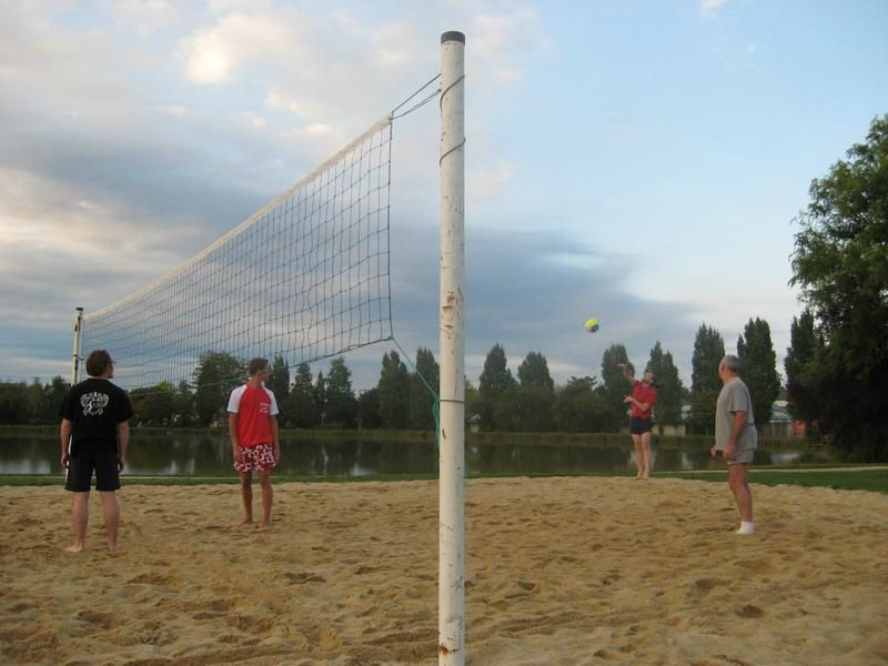 2011-07&08_beach_volley_moze_IMG_1204[1]