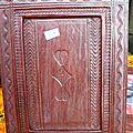 Cadre en bois recouvert de cuir