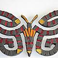Papillon en mosaïques précieuses