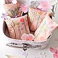 Autour de bouquets imaginés et brodés