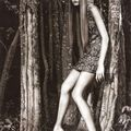 Editorial : 'The Night Shift' with Karlie Kloss by <b>Patrick</b> <b>Demarchelier</b> in Vogue UK