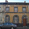 Grand-Hornu oct 2010 - Rue Henri De Gorge - Maison jaune