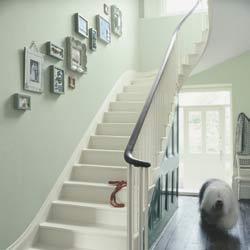 Emejing Decoration Cage D Escalier Photos - Joshkrajcik.us ...