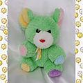 Doudou peluche souris vert oreilles jaune bleu pattes rose violet noeud blanc jaune vintage 3 s