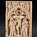 Feuillet de diptyque : la crucifixion. paris, deuxième quart du xive siècle