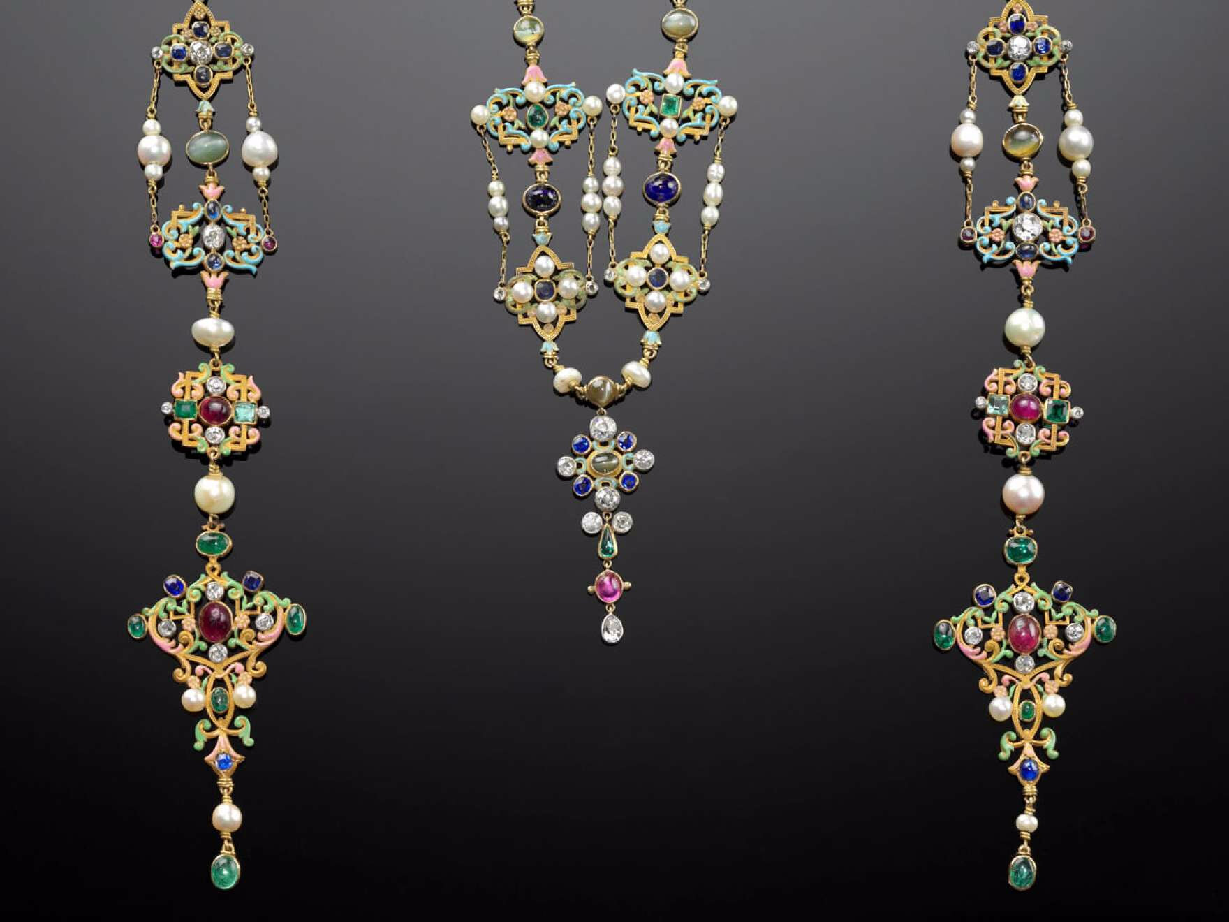 """Past Is Present: Revival Jewelry"" at MFA Boston"