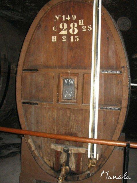 cave de la chartreuse: la distillerie la plus grande du monde..