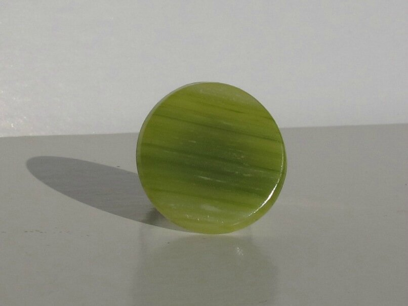 bague ronde fimo verte transparente face
