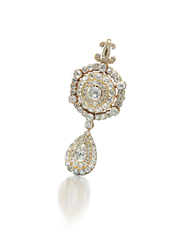Diamond pendeloque brooch - Royal Jewels from the Bourbon Parma Family - Sotheby's November 2018