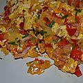 Omelette poivrons - lardons et ciboulette