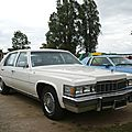 CADILLAC Fleetwood Brougham 4door Sedan 1977 Madine (1)
