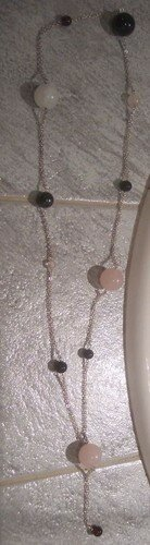 Sautoir perles de plusieurs tailles