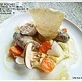 Saucisse pochée, purée de panais, radis noir, petits bruns et carottes glacées !
