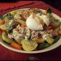 Salade estivale gourmande sur son lit de mâche