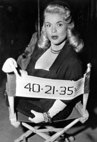 jayne-1956-film-the_girl_cant_help_it-on_set-3