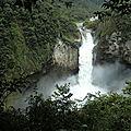 Cascada San Rafael Ecuador 300512