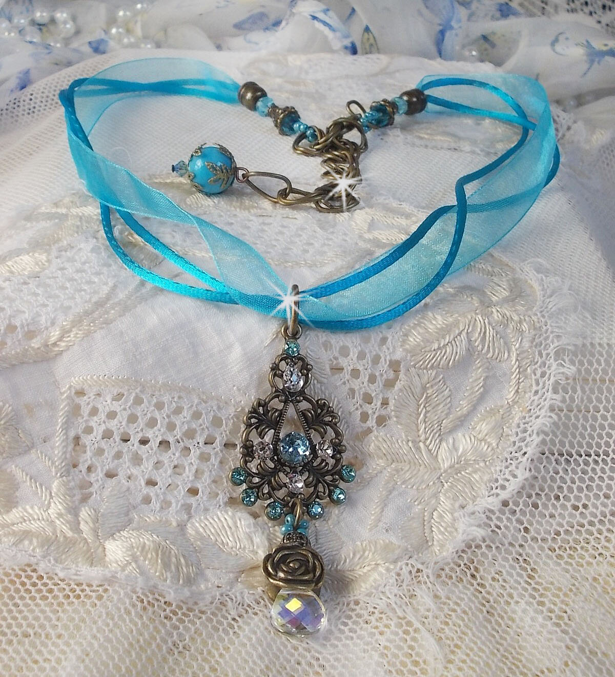Collier pendentif Lady in Blue