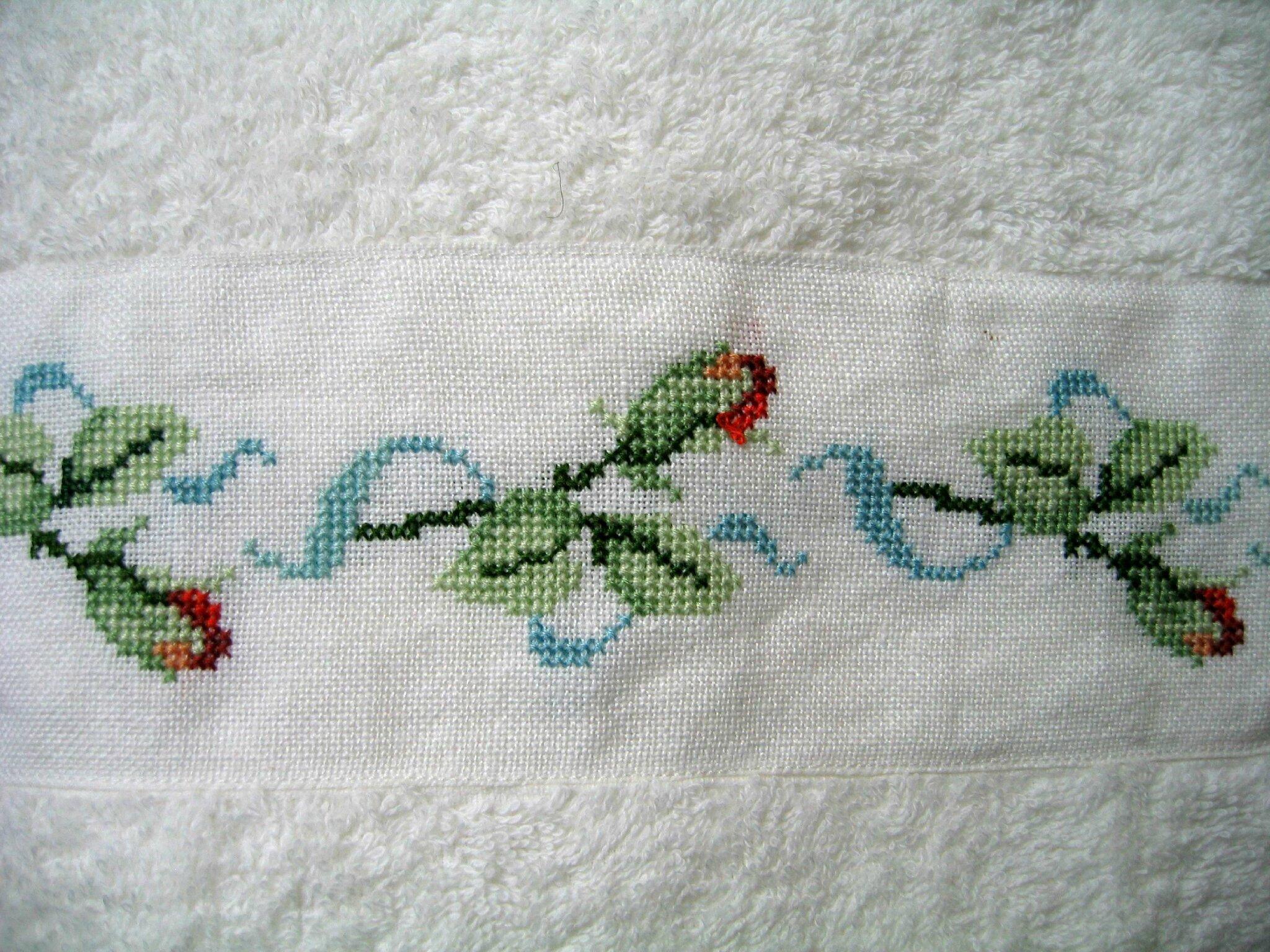 drap de bain aux boutons de roses 2