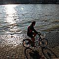 Vélo, ombre, Quai de Seine_9864