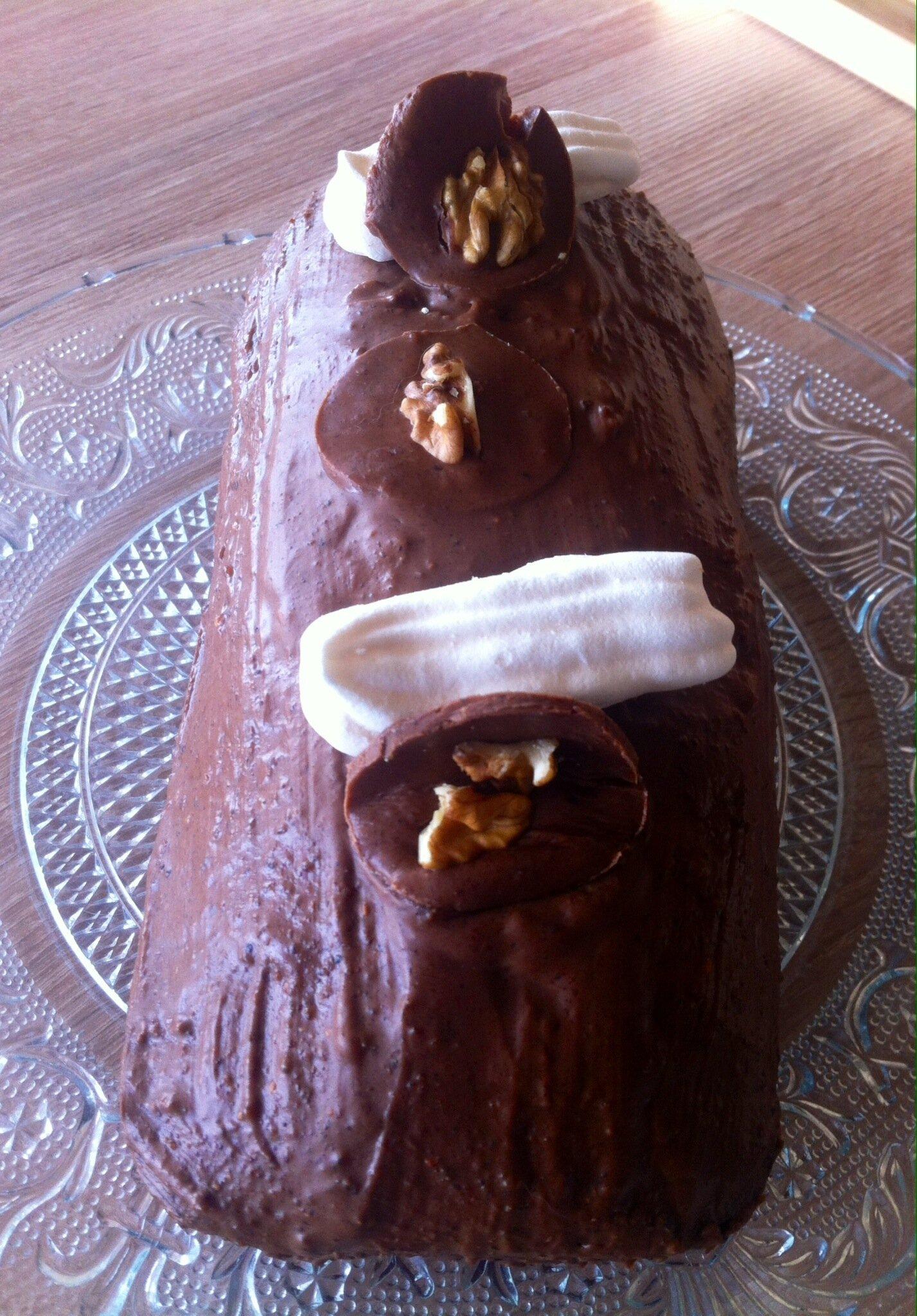 Pain d'épice avec nappage au chocolat au lait praliné