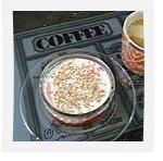 Crème dessert à la vanille, compotée de fraises au sirop d'érable et menthe