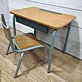 <b>Bureau</b> et chaise d'<b>écolier</b>