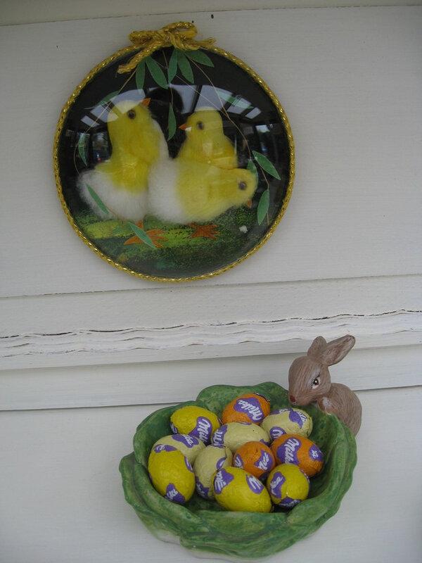 lapin et poussins de Pâques