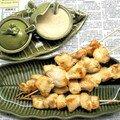 Brochettes de poulet, sauce saté