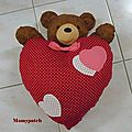 Coussin ours -coeur