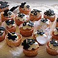 Cupcakes black and white so chic !
