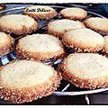 Biscuits diamant à la vanille.