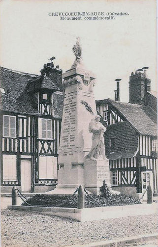 La place - le monument aux morts